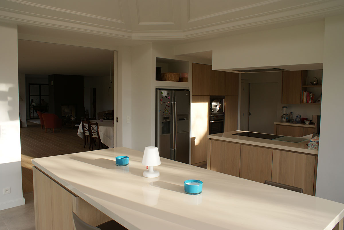 Une cuisine moderne et fonctionnelle for Une cuisine moderne