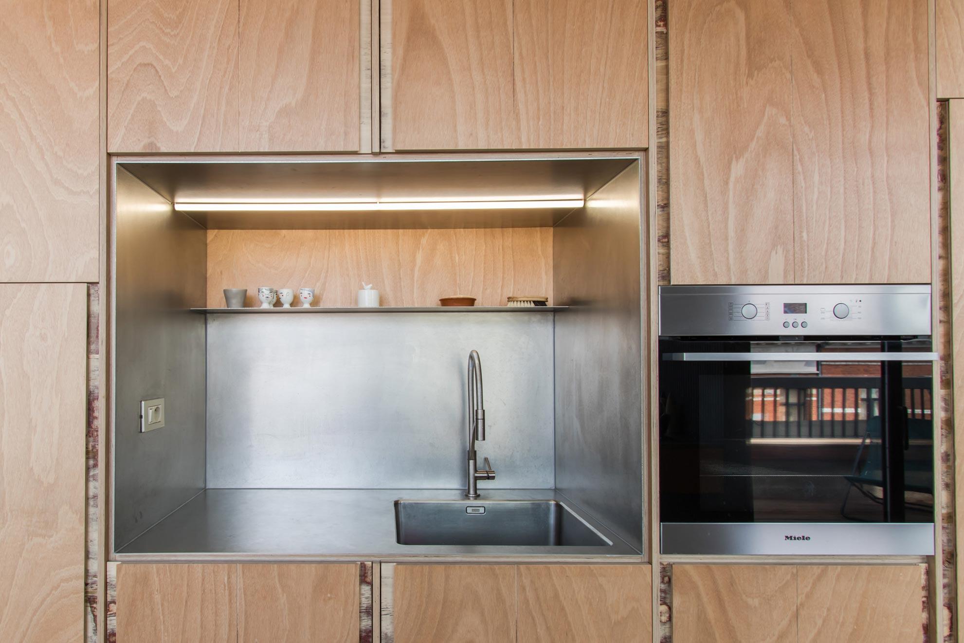 Rnovation de cuisine armoire cuisine qubec with rnovation for Armoire de cuisine st jean sur richelieu